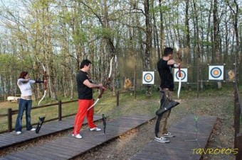 activities-archery-limni-plastira